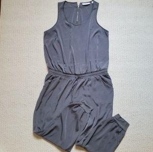 New York & Co sleeveless gray jumpsuit size L